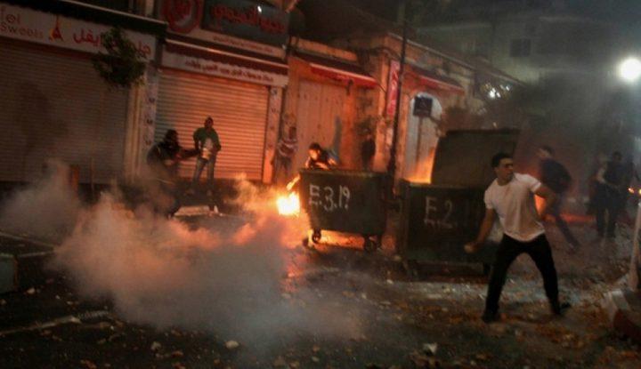 حالات اختناق في مواجهات مع الاحتلال جنوب الخليل