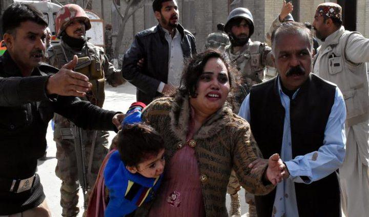 مقتل 8 أشخاص جراء هجوم على كنيسة في باكستان