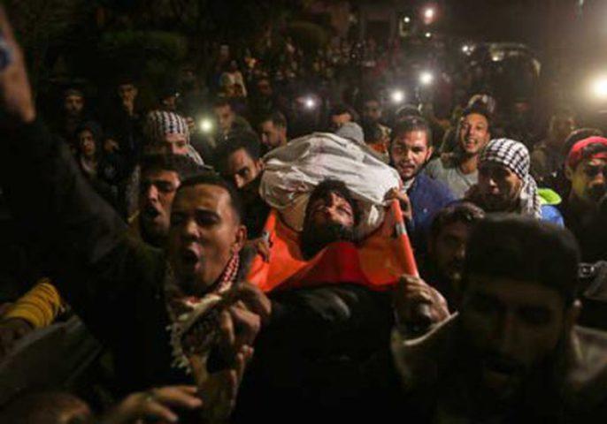 """الصحة تتهم الاحتلال باستخدام """"القنص المباشر"""" ضد الفلسطينيين"""