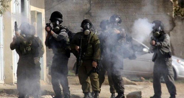 إصابات بالغاز في مواجهات مع الاحتلال شرق يطا