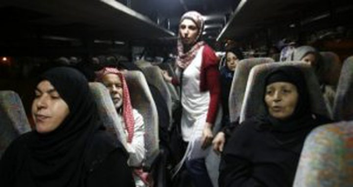"""31 من أهالي أسرى غزة يزورون 18 أسيرًا بـ""""نفحة"""""""