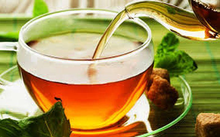 الشاي يقلل من إصابة العين بالمياه الزرقاء