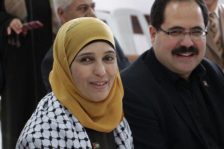 إطلاق اسم المعلمة الحروب والطالبة الشريف على مدرستين جديدتين