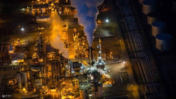النفط يرتفع بفعل توقف خط أنابيب بحر الشمال
