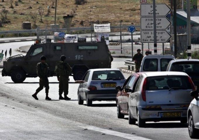 سبع إصابات في مواجهات عند حوارة والاحتلال يغلق عدة مداخل في نابلس (محدث)