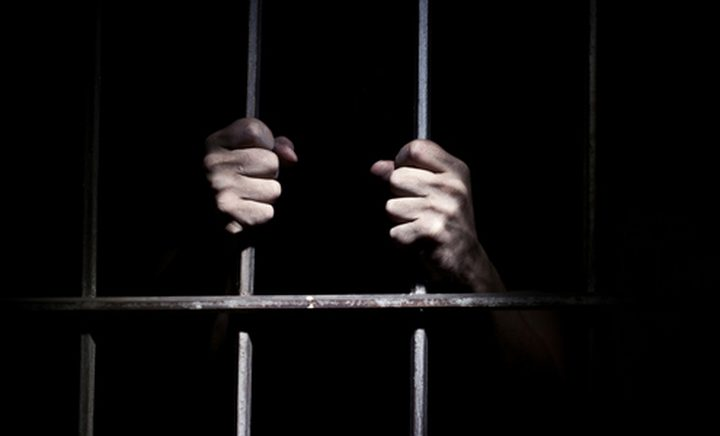 الاحتلال يعتقل أسيرا محررا من جنين