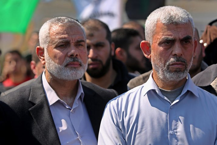 السنوار: حماس لن تعود لحكم غزة والإنقسام أضر بنا أبلغ الضرر