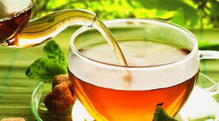 كوب من الشاي الساخن للمحافظة على قدرتك البصرية