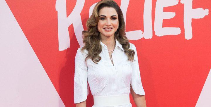 15 إطلالة رائعة للملكة رانيا في 2017(صور)