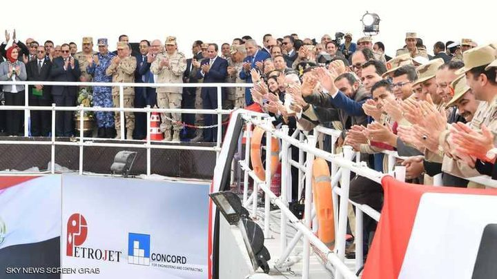 السيسي: مشروع بـ100 مليار جنيه في سيناء