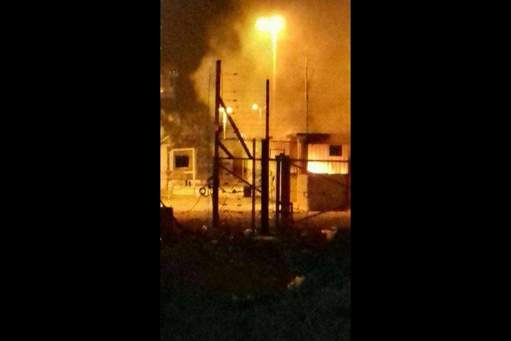 إحراق غرفة المراقبة التابعة للاحتلال في قلقيلية