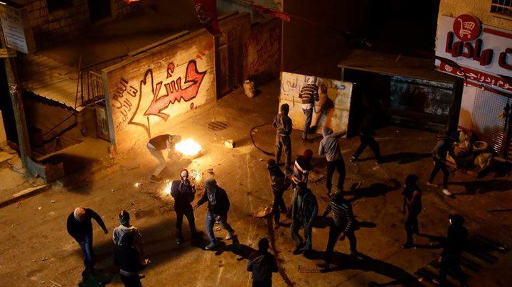 بالصور: إصابة مواطنين بالرصاص الحي وأكثر من 30 إصابة بالمطاط والإختناق بنابلس
