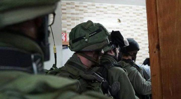 الاحتلال يداهم منزلا في يعبد ويعتدي بالضرب على ساكنيه