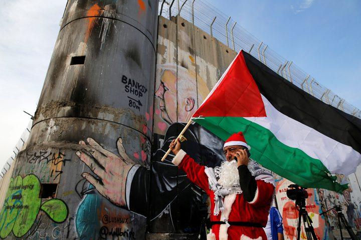 """الاحتلال يستهدف""""بابا نويل"""" ... """"تعبئة"""" أمنية في  العالم تواكب الأعياد"""