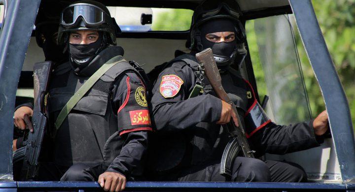 مقتل 9 متشددين في تبادل لإطلاق الرصاص واعتقال آخرين في مصر
