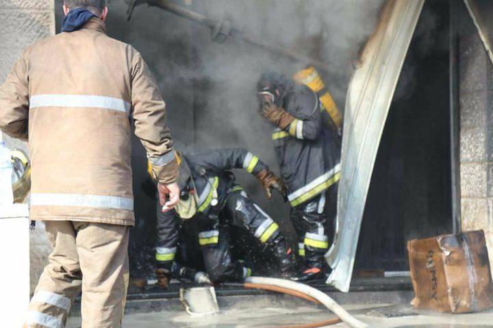 اندلاع حريق بمحل تجاري في نابلس
