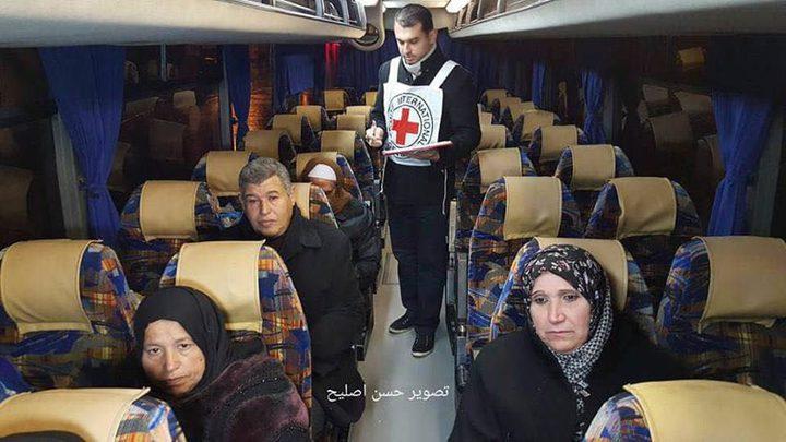 """22 من أهالي أسرى غزة يزورون 14 أسيرًا بـ""""ريمون"""""""