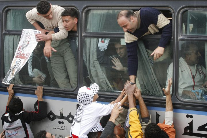 """قيادي بـ""""حماس"""": نُحضّر لصفقة تبادل أسرى جديدة مع إسرائيل"""
