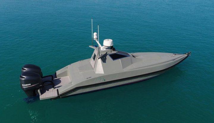 أول قارب بدون سائق ثنائي الاستخدام في العالم