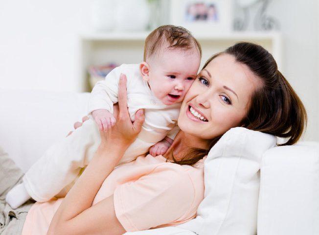 إنجاب المرأة أكثر من طفلين يؤثر على جمالها