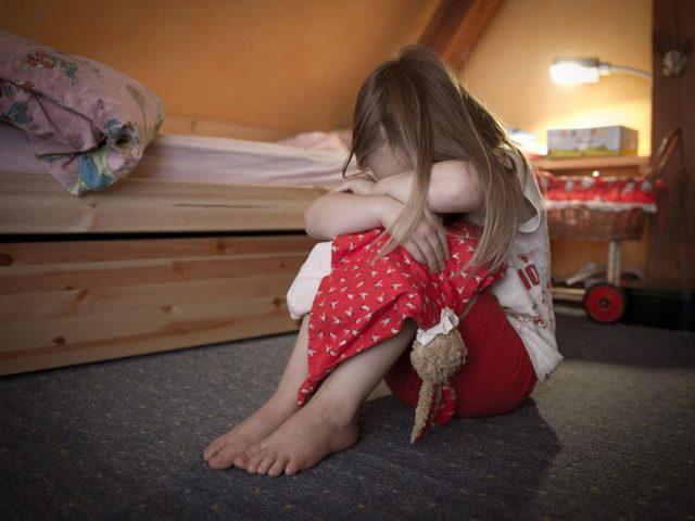 هل يوجد علاقة بين الأسرة والجينات والاكتئاب؟