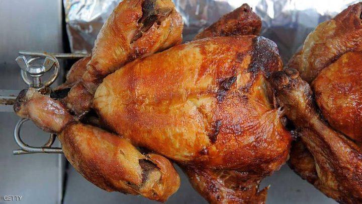 """لماذا نأكل الدجاج؟ فوائد غريبة لـ """"الوجبة المفضلة"""""""