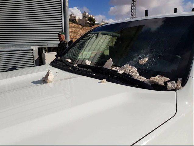 """موقع """"0404: تعرض موكب وزير الأمن الداخلي """"الإسرائيلي"""" للرشق بالحجارة"""