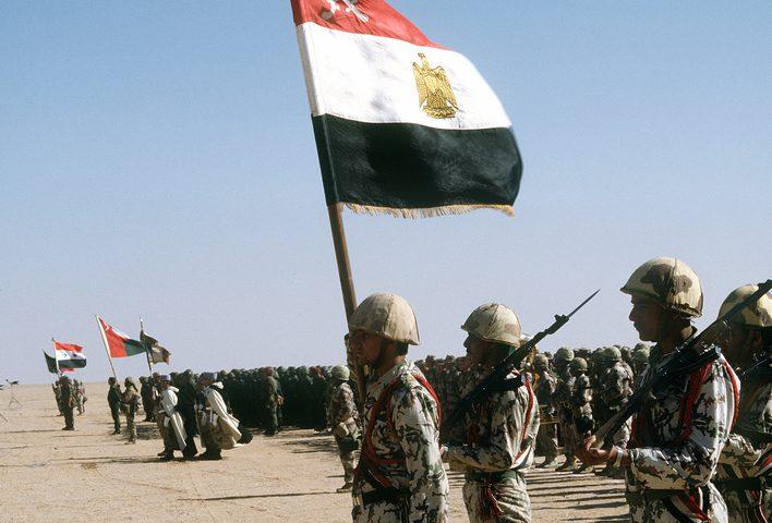 مقتل ضابط و5 جنود مصريين في انفجار عبوة ناسفة شمال سيناء