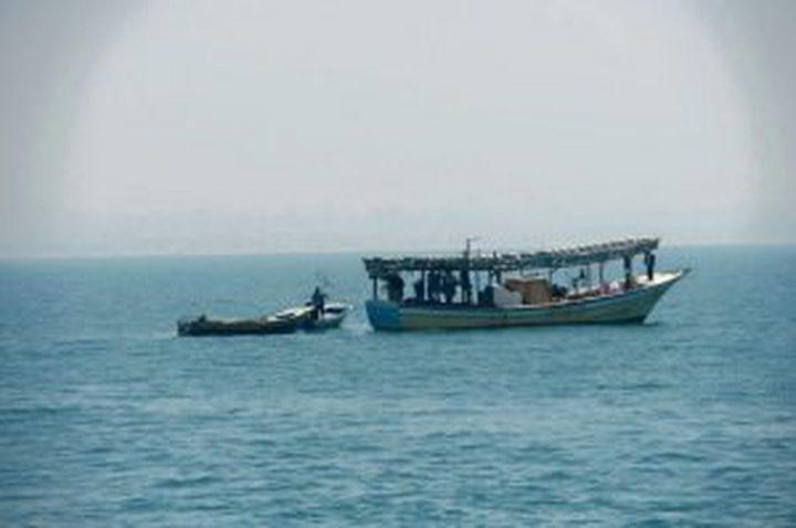 اعتقال صيادين ومصادرة مركبهما شمال غزة