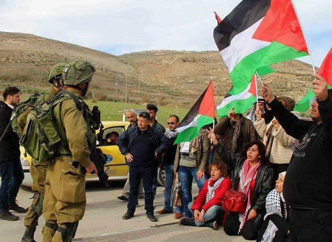 الرئيس يهاتف دلال سلامة للاطمئنان عليها بعد اعتداء قوات الاحتلال