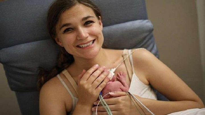 الطفلة المعجزة.. ولدت بوزن أقل من 400 غرام!