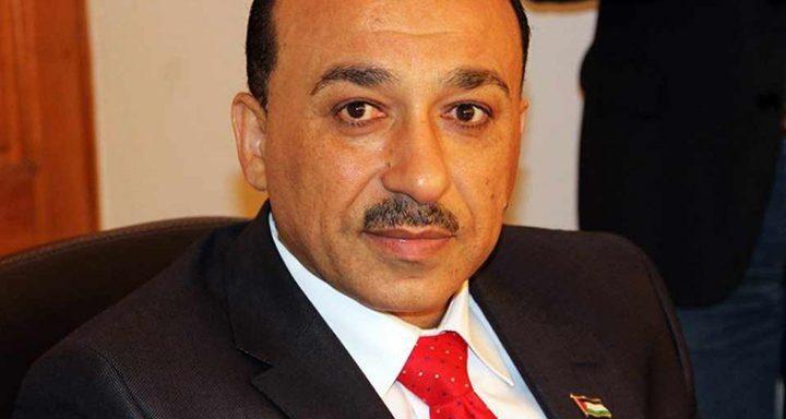 الحساينة يدعو المستفيدين من المنحة الكويتية للتوجه للبنوك لاستلام دفعاتهم المالية