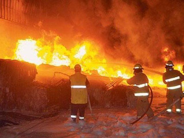 15 قتيلا على الأقل جراء حريق في بومباي