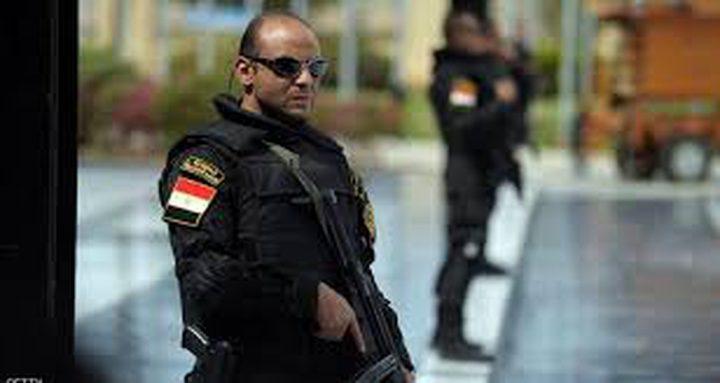 الأمن المصري يضبط ارهابياً حاول إلقاء قنبلة على كنيسة
