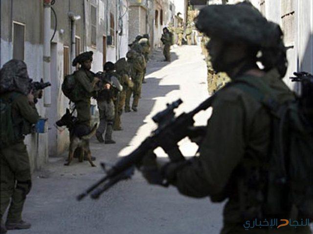 الاحتلال يعتقل 6 مواطنين ويسلم بلاغات لمواطنين