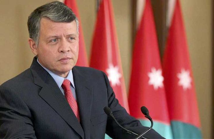 العاهل الأردني: ضرورة تكثيف الجهود وتنسيق المواقف العربية لدعم الفلسطينيين