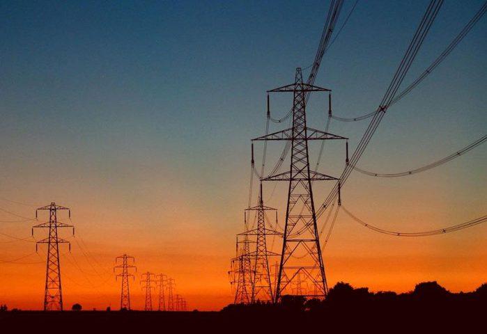 كهرباء غزة: عودة الخطوط المصرية للعمل