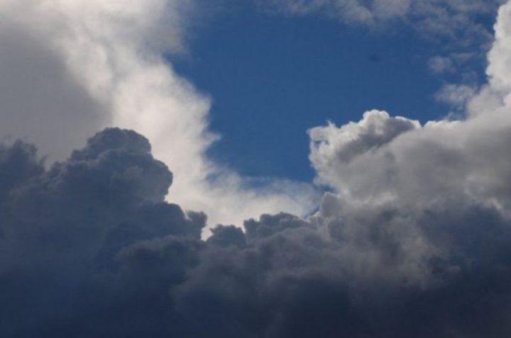 حالة الطقس: ارتفاع درجات الحرارة وتحذير من تدني الرؤيا بسبب الضباب