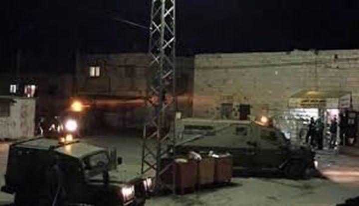 قوات الاحتلال تصادر تسجيل كاميرات محطة الهدى للمحروقات