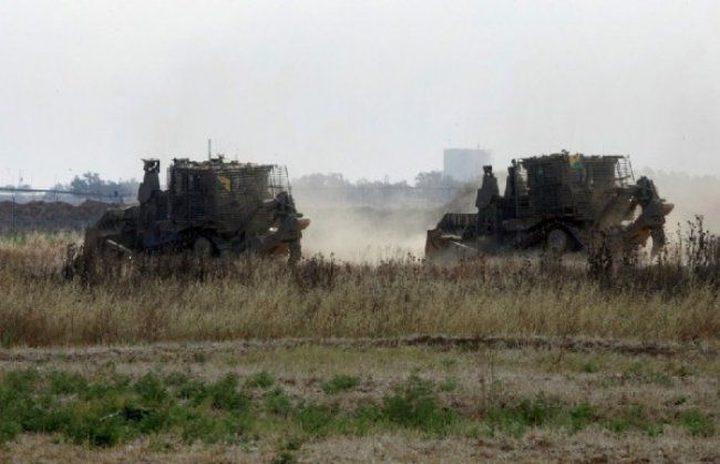 دبابات الاحتلال تدمر أراض زراعية في طوباس بحجة التدريب العسكري