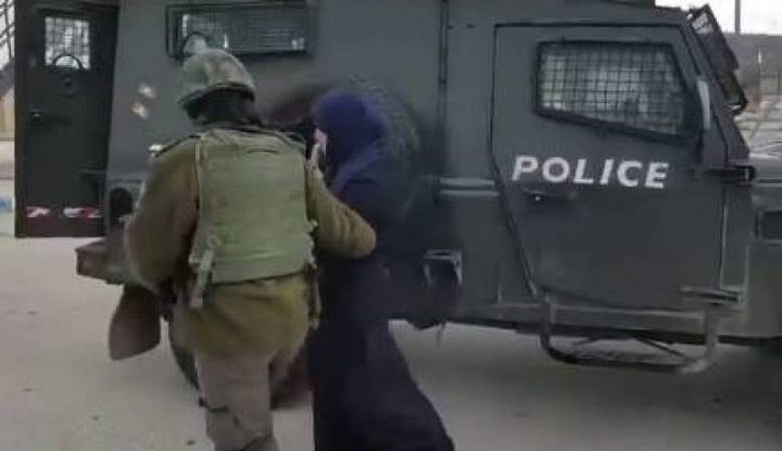 """الشاباك يعتقل فتاتين بزعم التواصل مع """"داعش"""""""