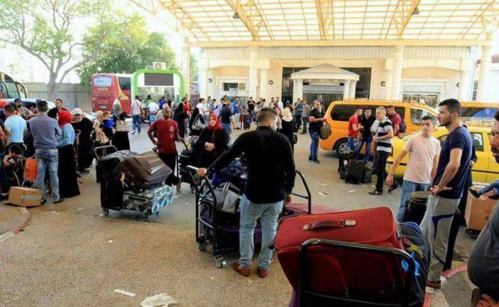 الاحتلال يمنع ثمانية مواطنين من السفر عبر الكرامة
