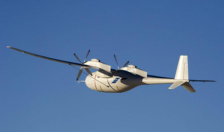 أحدث تقنيات إصدارات فانتوم للطائرات بدون طيار