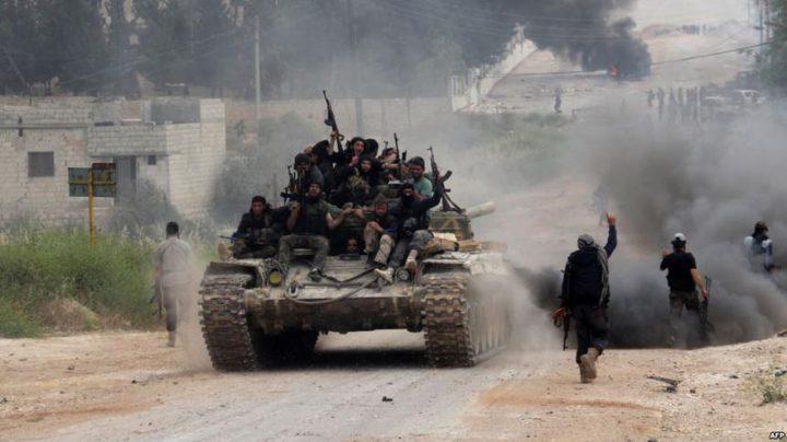 معارك في مطار عسكري في ادلب وسط هجمات للفصائل ضد قوات النظام السوري