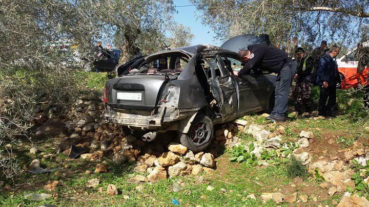 أربع إصابات في حادث إنقلاب مركبة