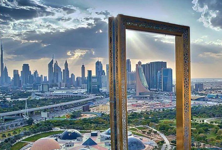 """""""برواز دبي"""" معلم سياحي جديد لالتقاط صور الـ""""سيلفي"""""""