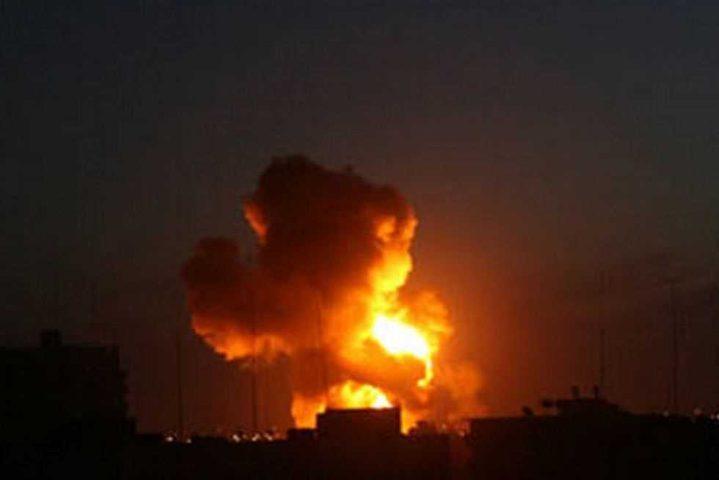 طيران الإحتلال يُغير على هدف جنوب القطاع بصاروخين