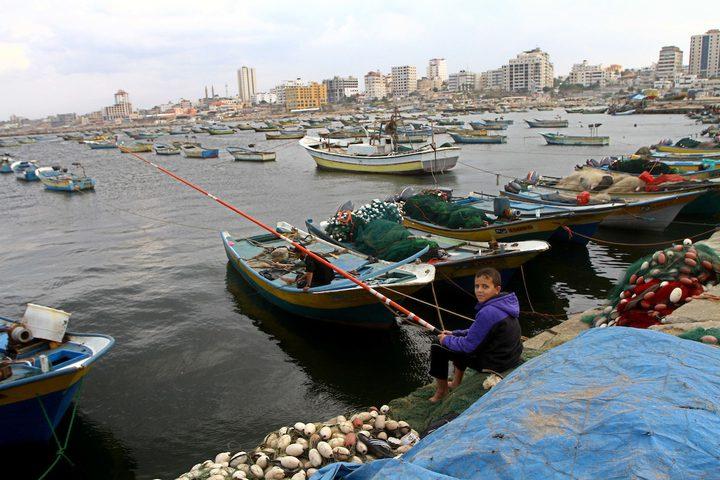 صيادو غزة يعلقون عملهم احتجاجاً على استشهاد زميلهم