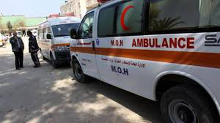 اصابة طفل بجراح خطيرة اثر سقوط حجارة بناء عليه