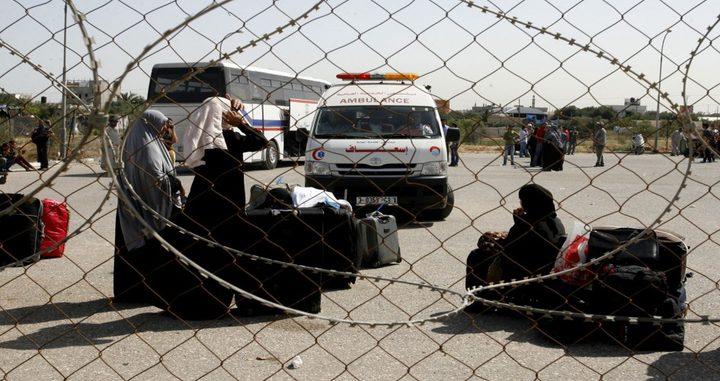 منظمة حقوقية تكشف إجراءات إسرائيل في خنق قطاع غزة